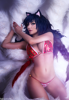LoL- Ahri by MilliganVick