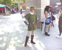Link She Come To Town by link-o