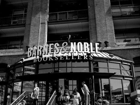 Barnes and Noble by blessthefallxo