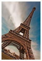 tour de eiffel by Lisa-M-T