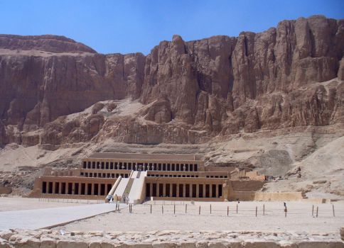 Temple of Queen Hatshepsut by AndySerrano