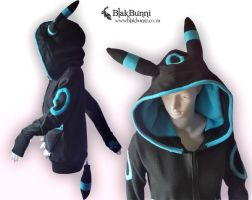 Umbreon hoodie shiny by BlakBunni