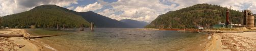 Slocan Lake 2 2006-08-23 by eRality