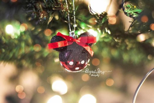 Minnie mouse Christmas by Linnette68