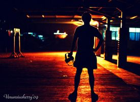 silhouette of a photographer.. by herryhewy