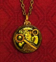 Gallifreyan Pendant - Ten by Fandragon