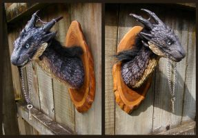 Creature head wall mount by zarathus