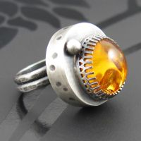 amber crown ring by NRjewellerydesign