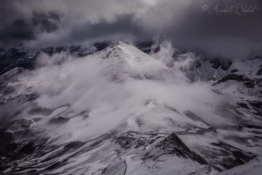 Dancing clouds by Annabelle-Chabert