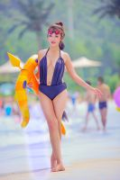 -League of Legends-Pool Party Vayne-Cosplay by DoraMuso