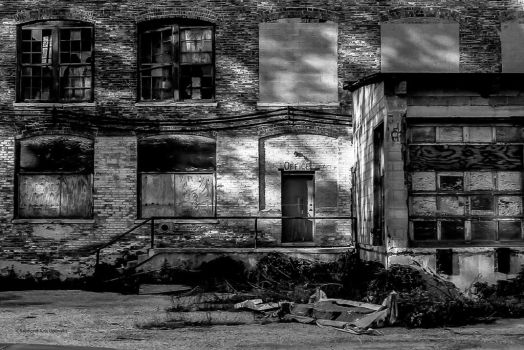 Abandonment - Building One by rimete