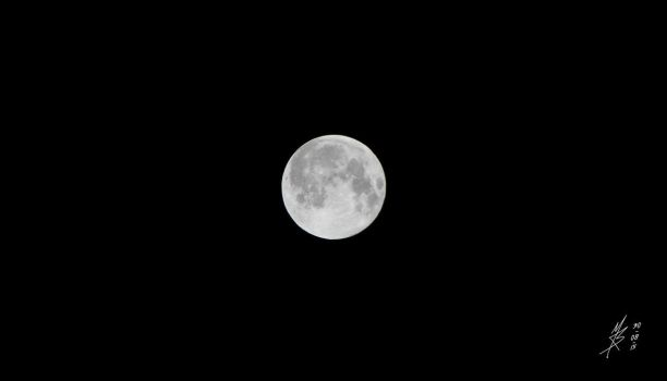 Supermoon 01 by docthedog