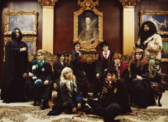 Hogwarts Class Photo by behindinfinity