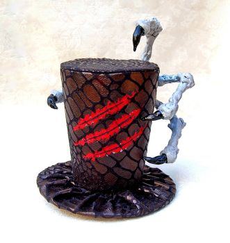 Tiny Top Hat: The Dragon's Claw by TinyTopHats
