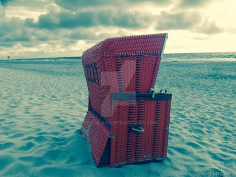 beach chair in vintage color setting by zeitglanz