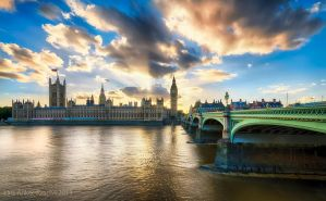 Westminster at sunset by lashrasch