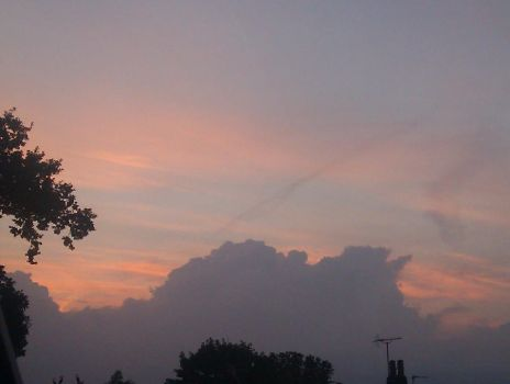 candy floss sky by yourneckmylips