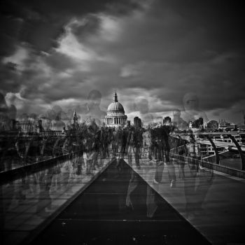 People movin' in, people movin' out by peterhollister