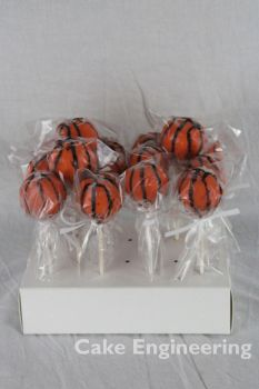 Basketball Cakepops by cake-engineering
