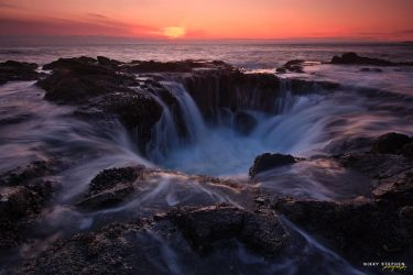 Thor's Well by djniks97