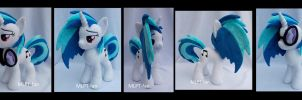 Vinyl Scratch new pattern! by calusariAC