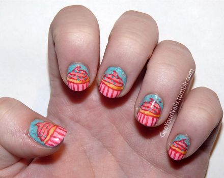 Misc. - pink cupcake nails by ShiversTheNinja