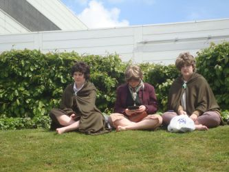 London Expo 2013 - Hobbitses on a Hill by XcubX