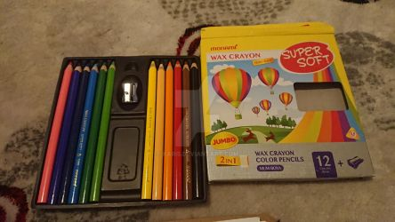 this is my old 12 pics monami color pencils by kari5