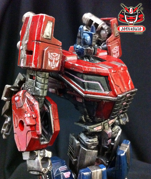 Transformers FOC : Optimus Prime Repaint 05 by wongjoe82