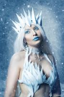 The Ice Queen II by la-esmeralda