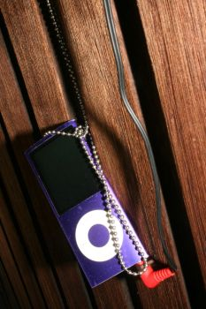 My rotten ipod by dollywink