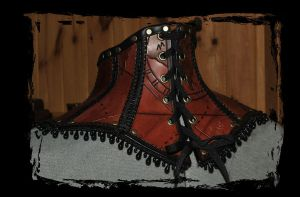 steampunk leather collar back view by Lagueuse