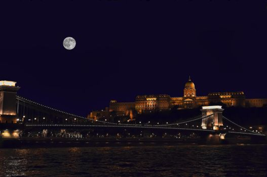 Budapest. by Phototubby