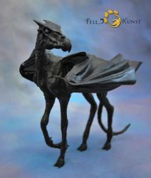 Poseable Art Doll, Thestral by FellKunst