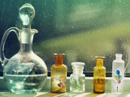 Moments in Bottles by Holunder