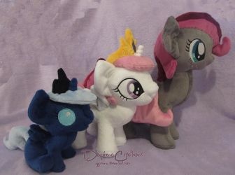 Plushie Size Comparison by Gypmina