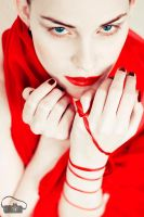beauty in red by DianaNohelova