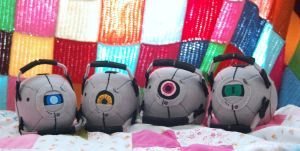 Portal robots plushies commission by Kazeki-chan