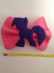 twilight sparkle bow by KittieKitsuneko