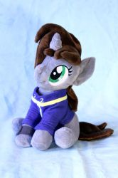 Little Pip Sitting Plush by TopPlush