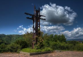 Metal cross-HDR by yoctox