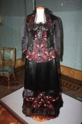 [P002] Black and Red Renaissance Gown by MANGO-stock