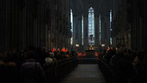 Mass in the Cologne Cathedral by cybercake