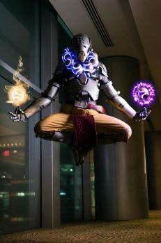 Harmony and Discord (Zenyatta) - Overwatch Cosplay by NipahCos