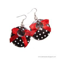 White, black and red by jewelryandstuff