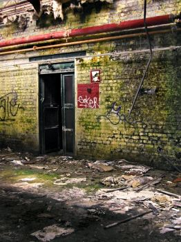 Urbex in Tourcoing I_05 by colin-H