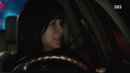[GIF] Yoon-hee Pointlessly Pumping the Gas Pedal by Nintendorkly