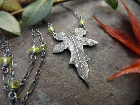 Bryonia Necklace with Peridot by QuintessentialArts