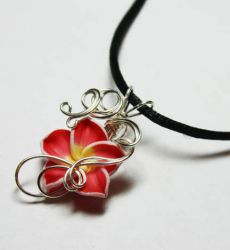 Wire Wrap Tropical Flower Perfume Pendant 3 by Create-A-Pendant