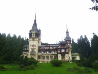 Peles Castle by untangomas
